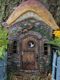Kittens Corner Fairy Door